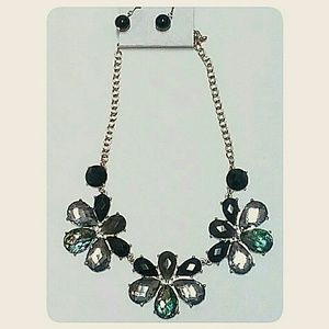 Chunky Jewel Statement Necklace Black Smoky